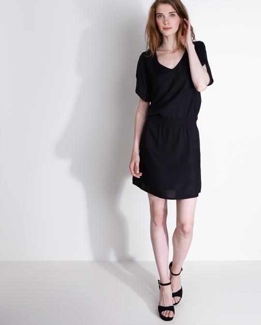 zwarte-lichte-jurk