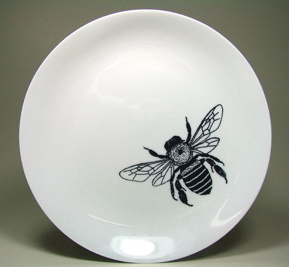 small plate in bright white with a honey bee. ready to ship. on Etsy, $15.00