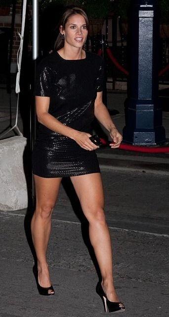 Celebrity Leg Show Missy Peregrym