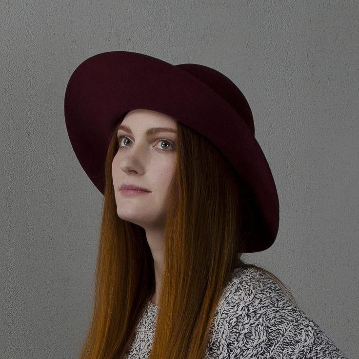 Широкополая шляпа бордового цвета / Marsala wide-brim floppy hat fotralehats.com фото photo hats lookbook