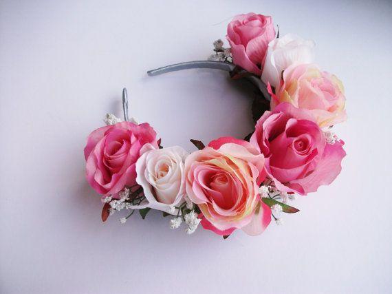 Vinchas con flores. Vinchas para novias, cotillon de eventos. Mas info en: www.facebook.com/coronadacotillon  #FlowerCrown #cotillon #Vinchas #Flores #Frida