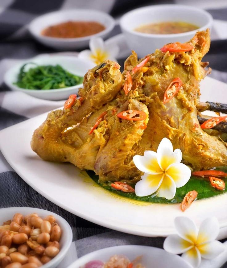 Yuuummmmmmy and spicy! Balinese chicken betutu