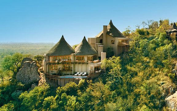 Wine and a safari? Who could think of a better way to experience South Africa!