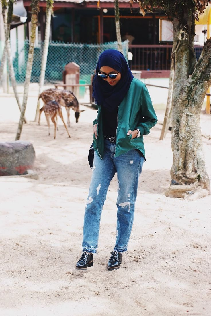 Green Bomber Jacket, Ripped Jeans & Women Oxford Shoes