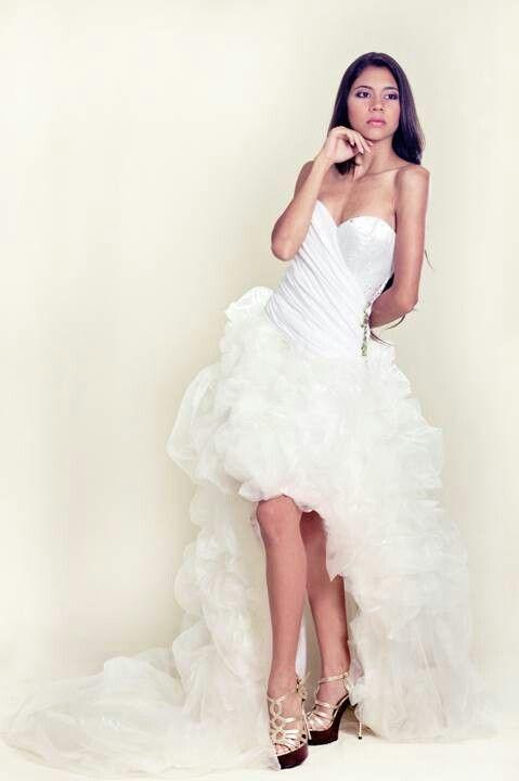 Vestido de novia.  Vanguardista