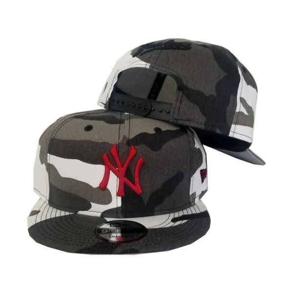 Matching New Era New York Yankees Snapback hat For Nike Air Foamposite  Black White Camo 4b0a92098dd3