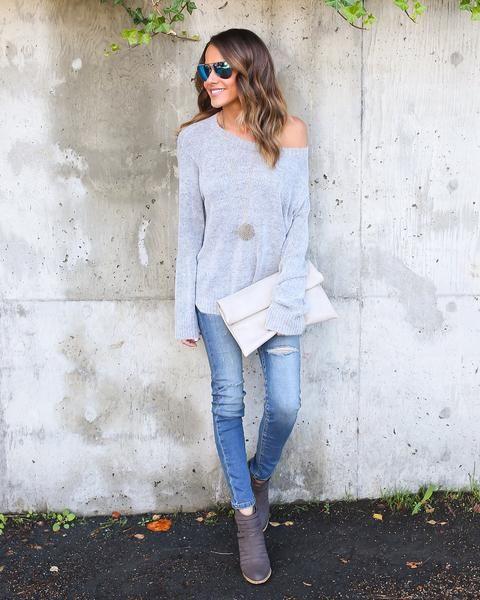 Sweet Salutation Sweater - Heather Grey