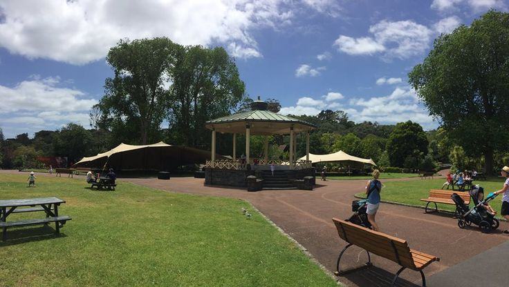Auckland Zoo! Cover for a large corporate affair in November 2015