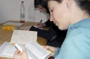 Cómo solicitar una beca de inmersión lingüística en inglés | EROSKI CONSUMER