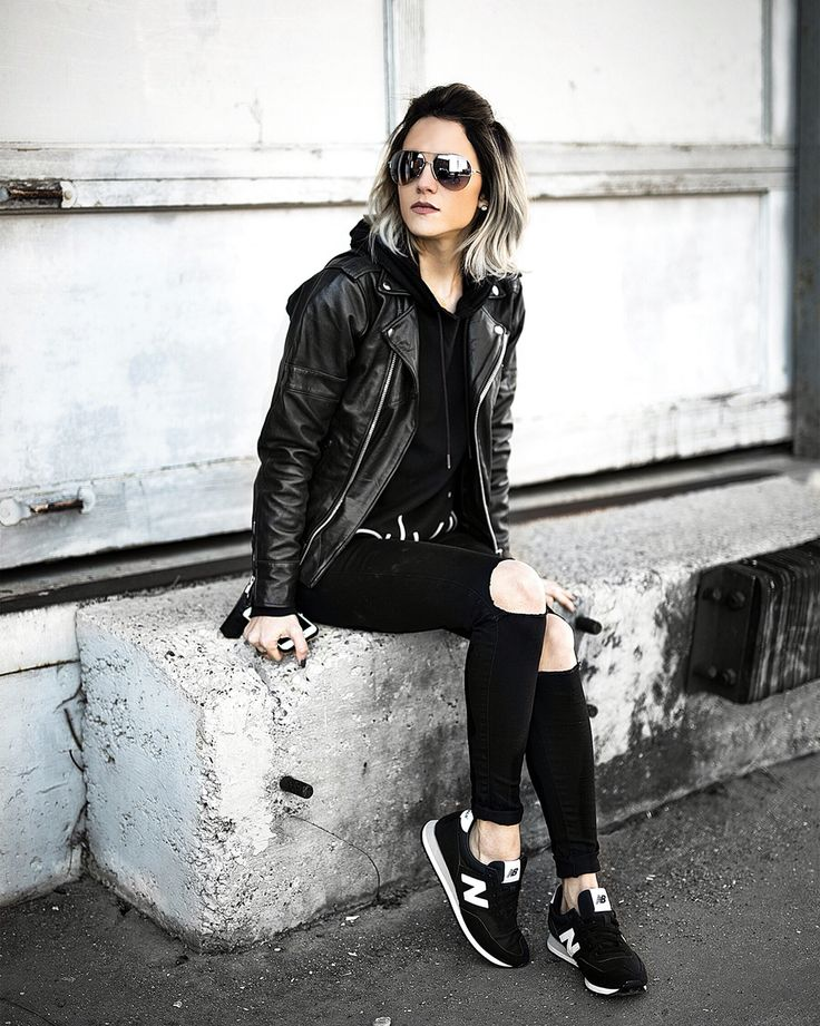 Jo & Kemp  Womens Fashion | Street Style | Urban Outfitters | New Balance | Leather Jacket | All Black Style