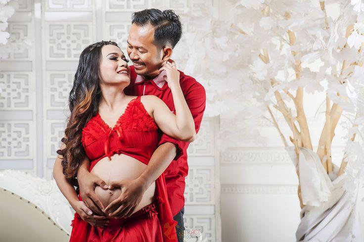 Ary Armamy Pregnant Photo