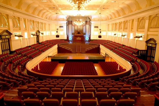 Wellington Town Hall Reviews : Wellington places to visit