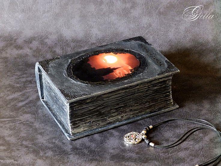 Шкатулка-фолиант «Чёрный замок». Работа с эпоксидкой