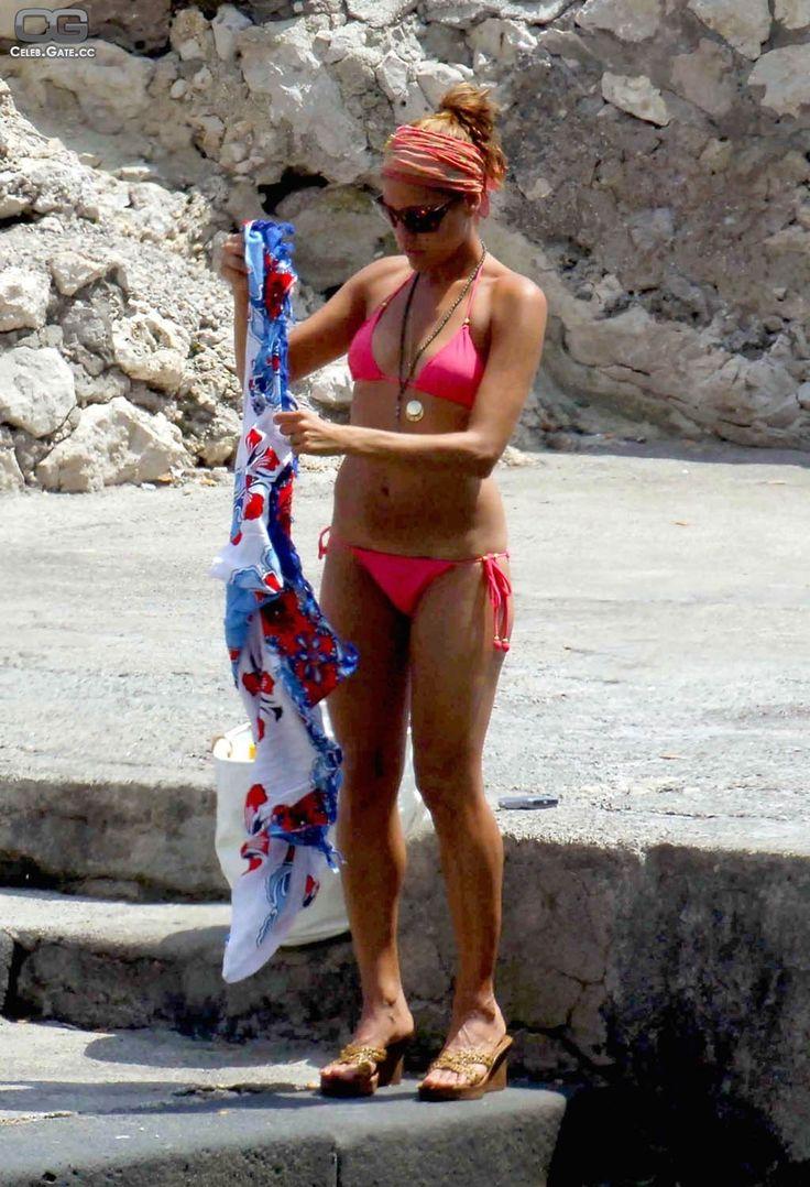 Best 25 Eva Mendes Bikini Ideas On Pinterest Eva Mendes