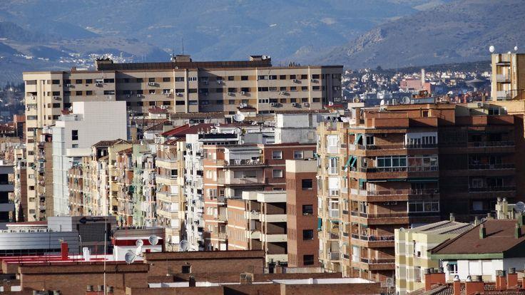 GRANADA | RONDA | Edificios del Distrito Ronda y calle Arabial desde Mirador Privado Zaidín.