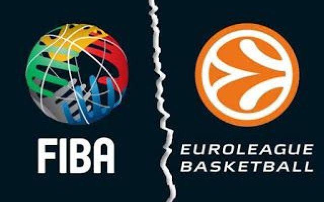 FIBA vs Euroleague un problema infinito la FIBA con la sua decisione di organizzare direttamente le coppe europee di pallacanestro ha dato il via ad una guerra con Euroleague che sembra non avere fine e che giorno dopo giorno ci dona novit