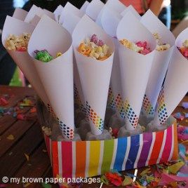 Popcorn Cone Stand