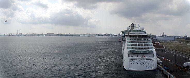 Serenade Seas ship in the port of Copenhagen