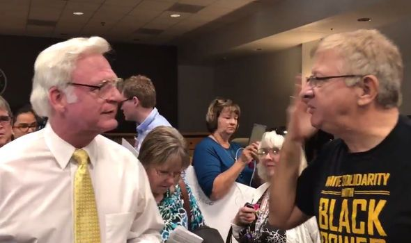Republican sends crowd WILD over Obamacare with 'death panel' comment at town hall meeting - https://newsexplored.co.uk/republican-sends-crowd-wild-over-obamacare-with-death-panel-comment-at-town-hall-meeting/