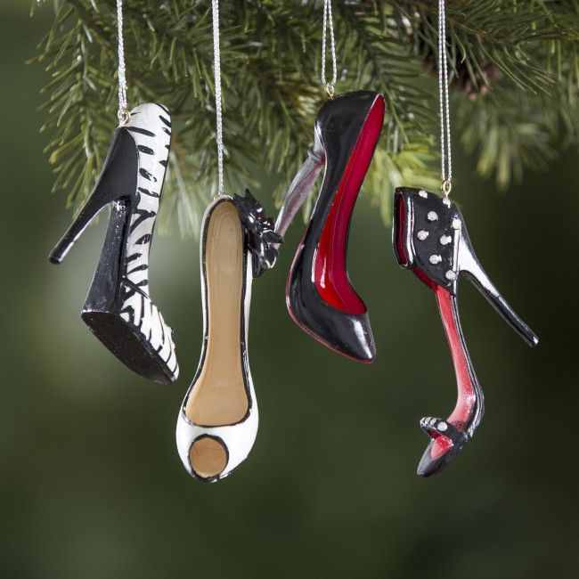 You can't wear your high heels while Christmas shopping, but you can decorate your tree with them!