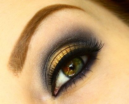 Eyeshadow-Dark Blue Crease,Gold Lid