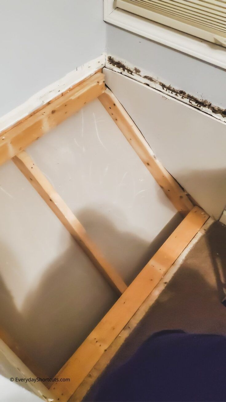 How To Convert A Stair Box To A Built In Desk Everyday Shortcuts Built In Desk Stairs Bulkhead Bulkhead Bedroom