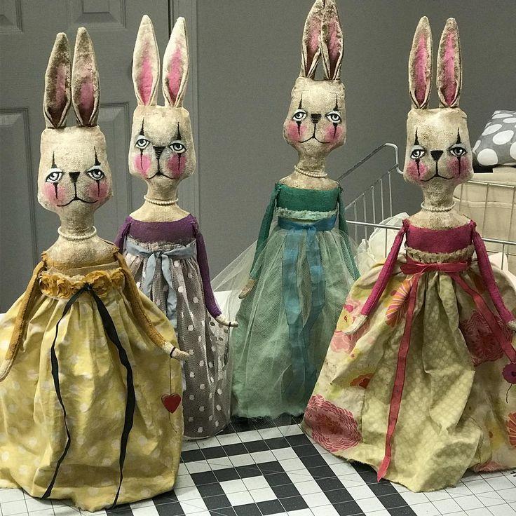 70 отметок «Нравится», 2 комментариев — Brenda Sanker (@sanker_studio) в Instagram: «Coming January 2018! #artdolls #primitive #folkart #dolls #handmade #etsy #debutante #whimsicalart…»