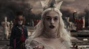 Картинки по запросу энн хэтэуэй белая королева