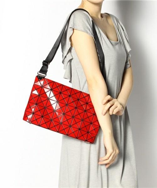 36a5a9bd0f94 Issey Miyake BAO BAO Shoulder bag Handbag BILBAO PRISM-1 RED