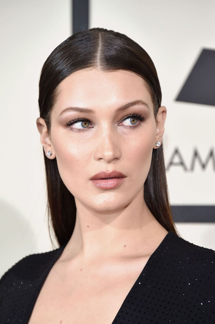 Bella Hadid at the Grammys 2016!