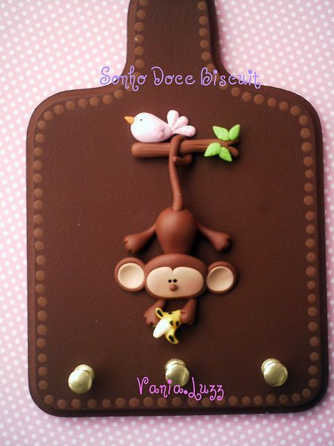Porta Chaves Macaco by Sonho Doce Biscuit *Vania.Luzz*, via Flickr