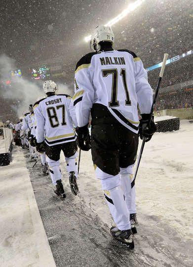 Pittsburgh Penguins at Chicago Blackhawks - 03/01/2014