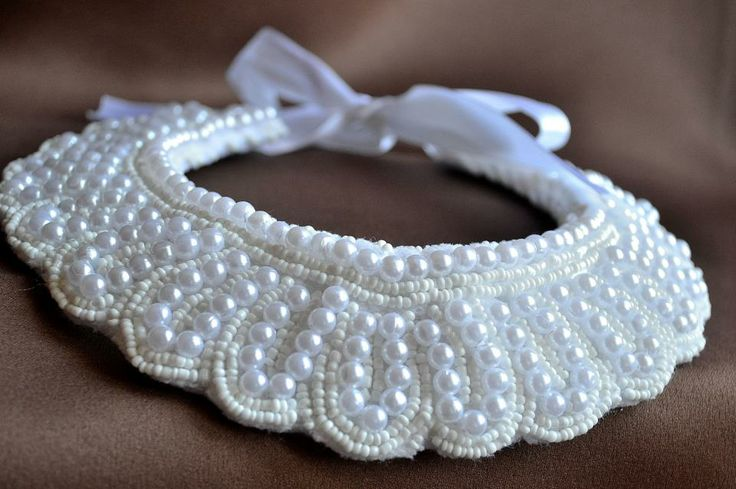 Model B13 #Collar necklace #Wedding necklace #white #beaded jewelry