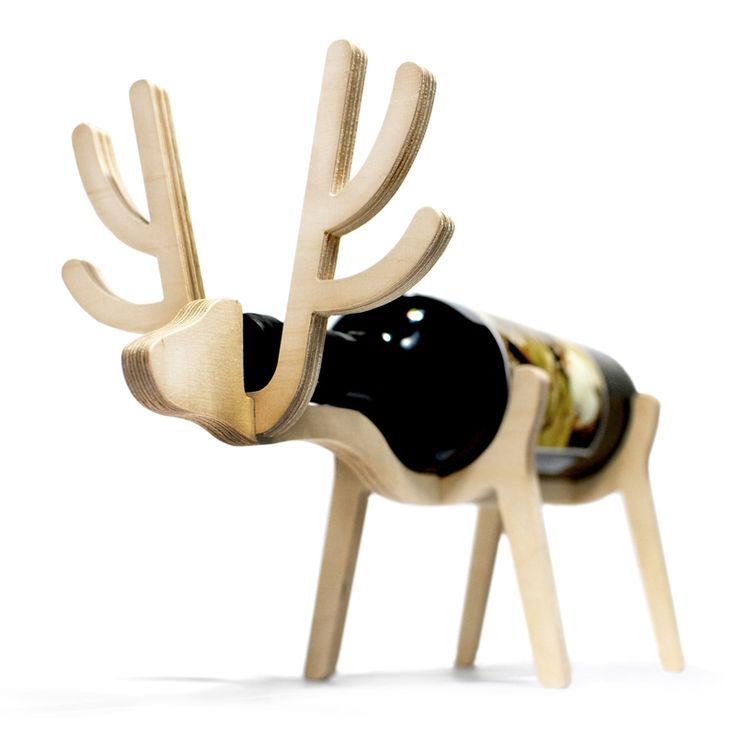 Christmas in #htfstyle Deer plywood wine holder | hardtofind.