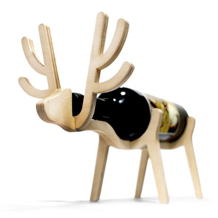 Christmas in #htfstyle Deer plywood wine holder | hardtofind.