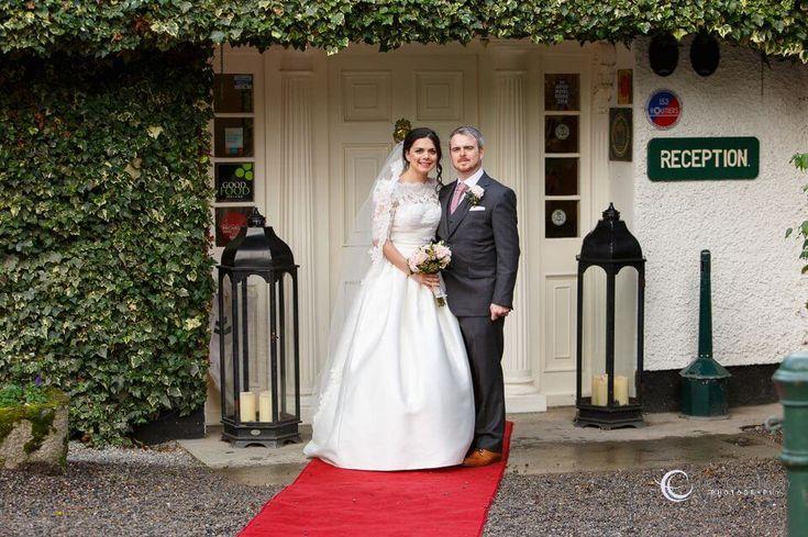 Entrance to Rathsallagh - Bride & Groom