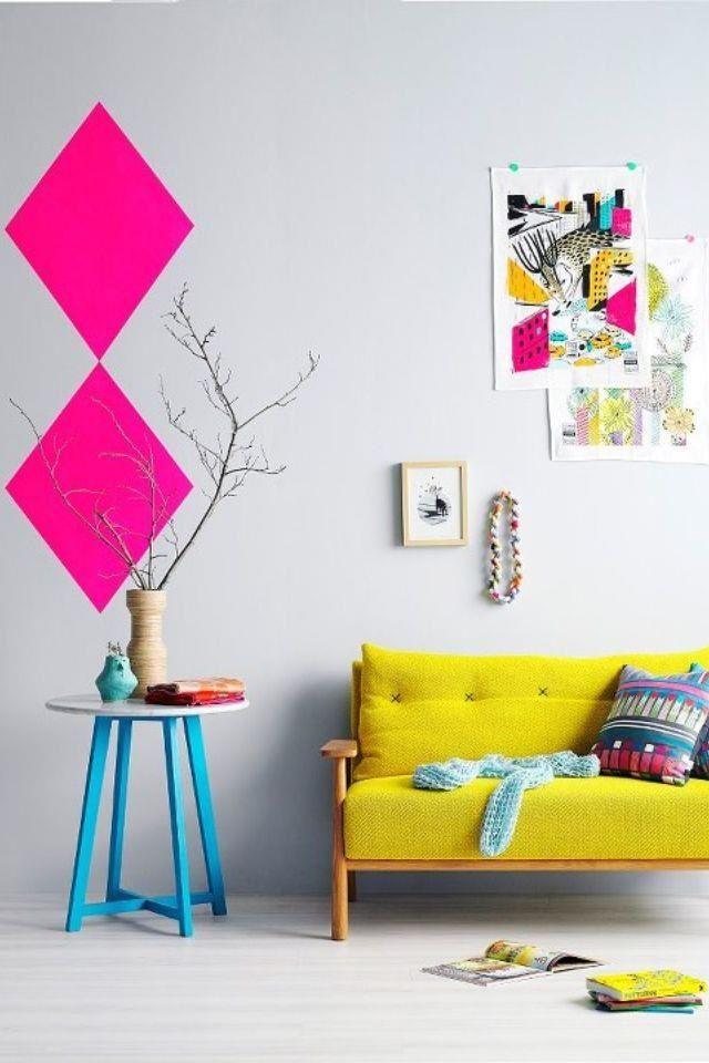 Видео: дизайнерские советы о том, как декорировать интерьер в ярких цветах http://sunny7.ua/dom/dizayn-interyerov/video--dekor-interera-v-yarkih-tsvetah