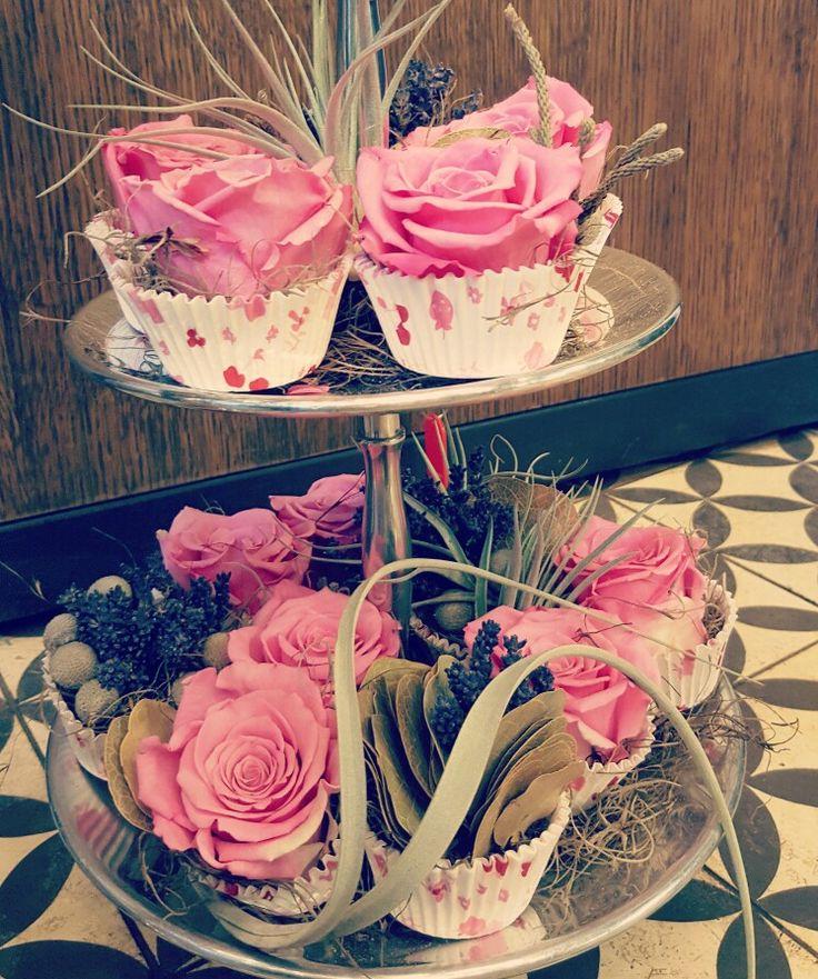 #flowercakes #pinkroses #pam #pam