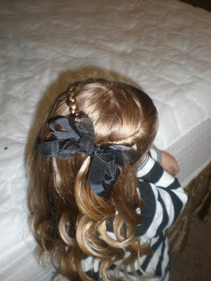 Did this hairdo for a piano recital, it's very easy!