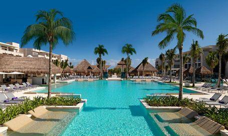 Paradisus Playa del Carmen - La Perla in Mexico, adults only. Swim-up suite? YES, PLEASE!!!