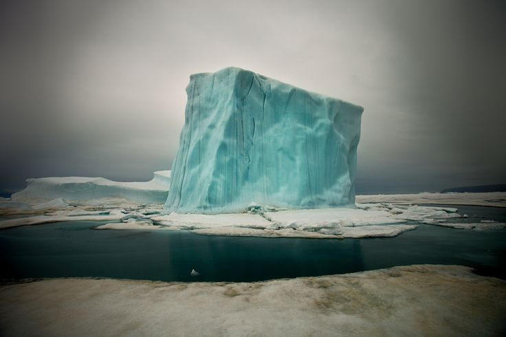 Cube-shaped iceberg in the waters off northern Greenland - Imgur