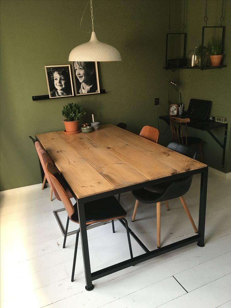 78+ idee u00ebn over Planken Tafel op Pinterest   Tafelblad bedekkingen, Houten planken en Eettafels