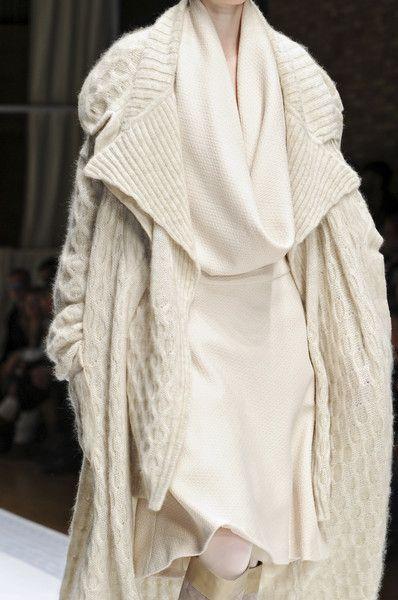 Laura Biagiotti F/W 2010 - Details