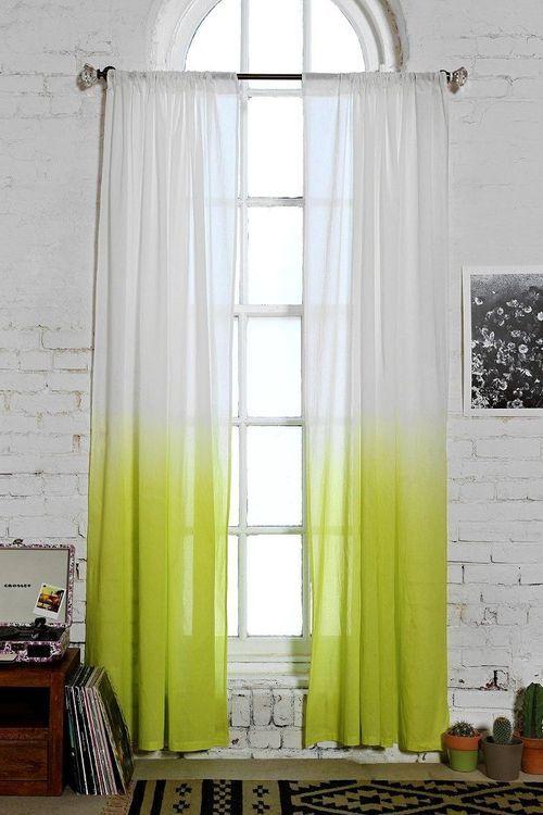 cortina boho com degradê em amarelo e branco