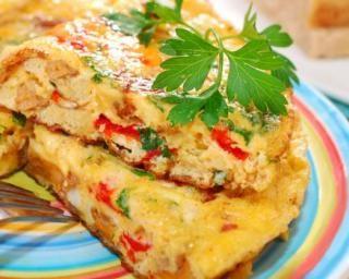 Omelette fine multicolore du régime Montignac : http://www.fourchette-et-bikini.fr/recettes/recettes-minceur/omelette-fine-multicolore-du-regime-montignac.html