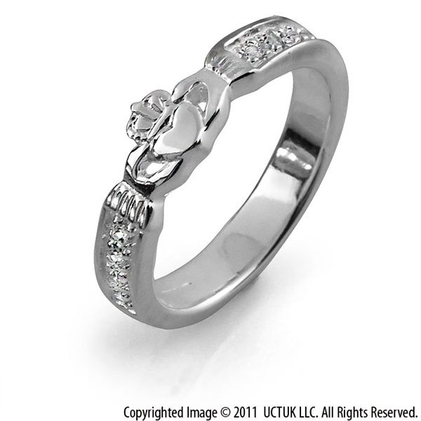 diamond claddagh ring .12carat diamond