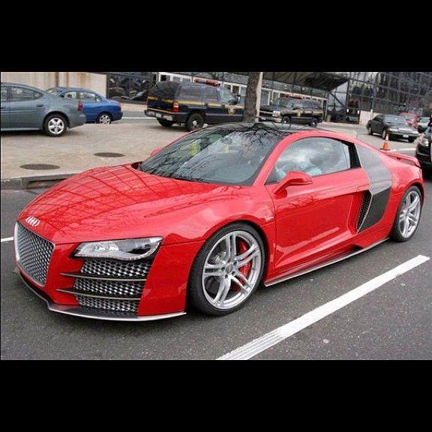 Audi R8 in Red! - SICK!