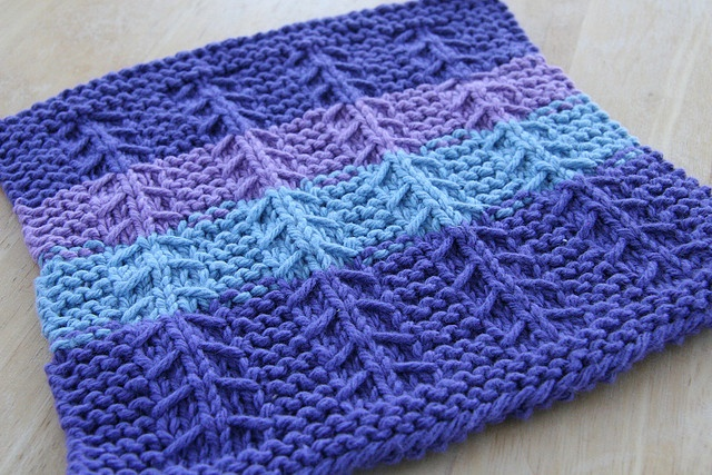 Knit Accessories Patterns Free : 55 best images about Knitting - Accessories on Pinterest Free pattern, Lace...