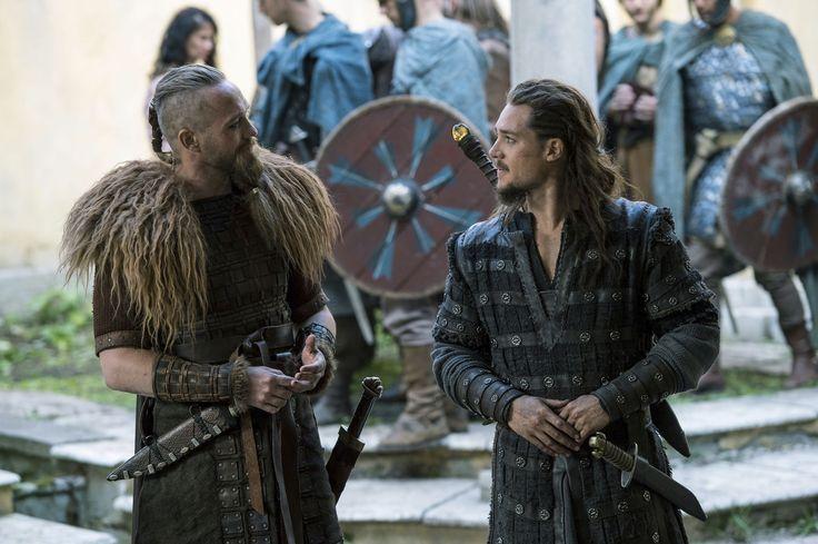 "Alexander Dreymon as Uhtred of Bebbanburg (with Christian Hillborg as Erik) in ""The Last Kingdom"" Season 2 From http://www.farfarawaysite.com/section/lastkingdom/gallery2/gallery6/gallery.htm"