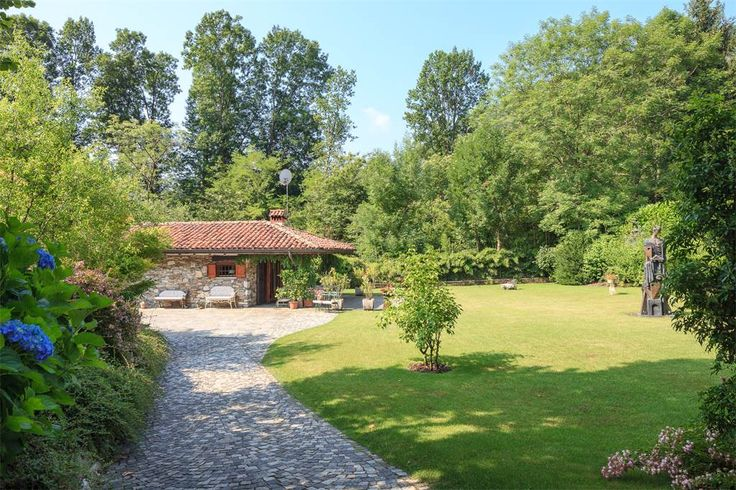 An Anglo-Saxon cottage nestled in a green oasis Verbano Cusio Ossola, Italy – Luxury Home For Sale
